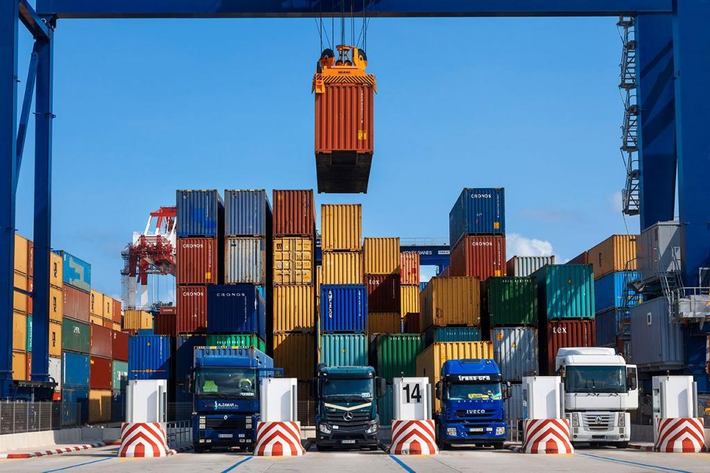 A balança comercial Chabahar atinge US $ 803 milhões em 9 meses