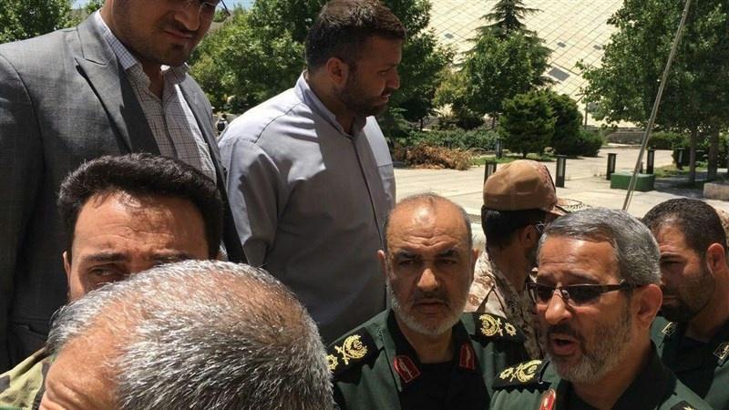 Ataque terrorista no Parlamento iraniano e no mausoléu do Imam Khomeini