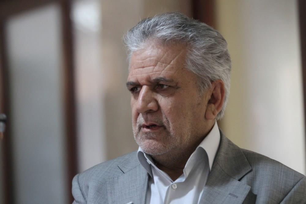 Irã planeja construir refinarias de petróleo na Espanha e no Brasil