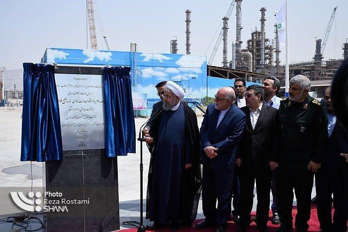 Rouhani inaugura importante unidade de produção de gasolina