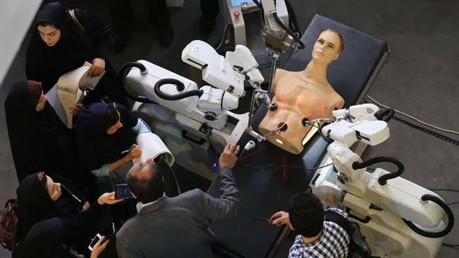 Cientistas iranianos desvendar internamente feitas robô cirurgia