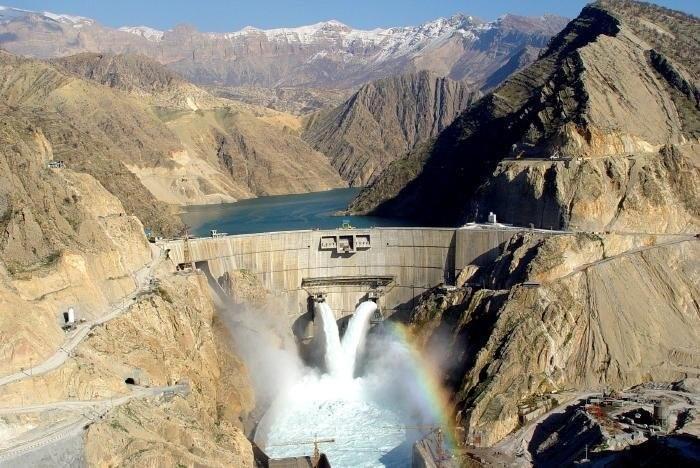 90 projetos de barragens em andamento no Irã