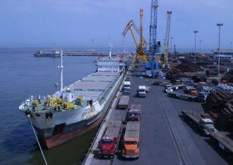 Exportações não petrolíferas do Irã até 24% em 10 meses