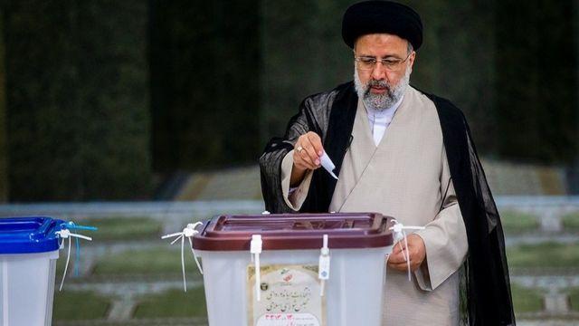 Raeisi vence votação presidencial no Irã com uma vitória esmagadora