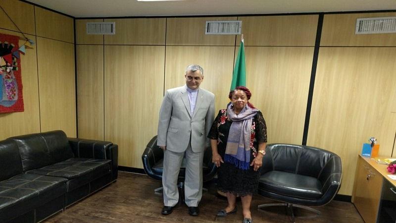 Ministra de Direitos humanos do Brasil defende a troca de experiência no âmbito de direitos humanos e refugiados.