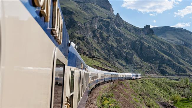 Mais recente viagem de luxo do trem Moscou-Teerã.