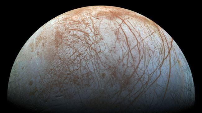 A vida pode ser encontrado sob a superfície congelada da lua de Júpiter: NASA