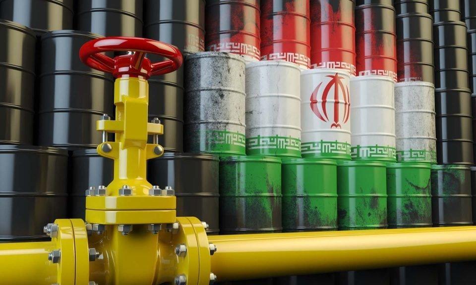 Índia começa a pagar o Irã pelo petróleo em rupias