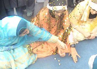ERA UMA VEZ / iraniano jogo tradicional: Ye Ghol Do Ghol