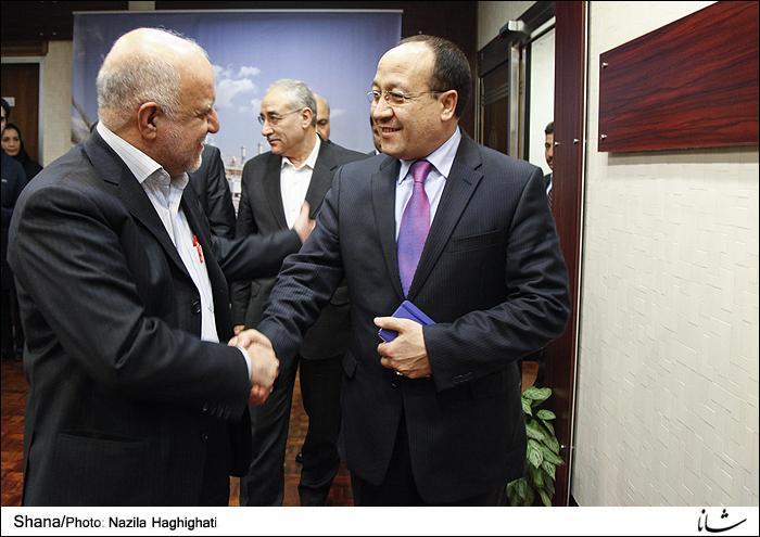 Afeganistão está disposto a aumentar as importações de petróleo e de gás do Irã