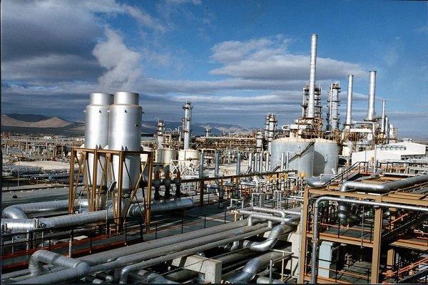 Irã e Itália assinam contrato de €34 milhões para indústria petroleira
