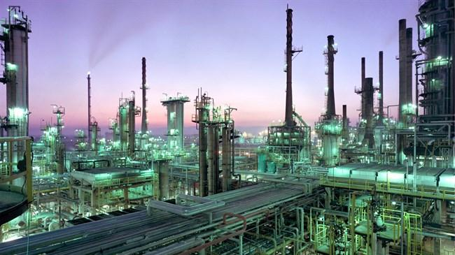 Irã planeja construir refinaria conjunta de petróleo na Espanha