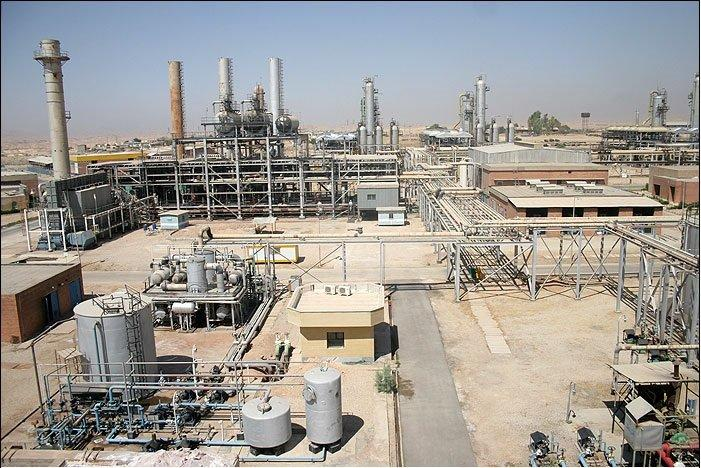 Hitachi inks deal to equip Iranian refinery