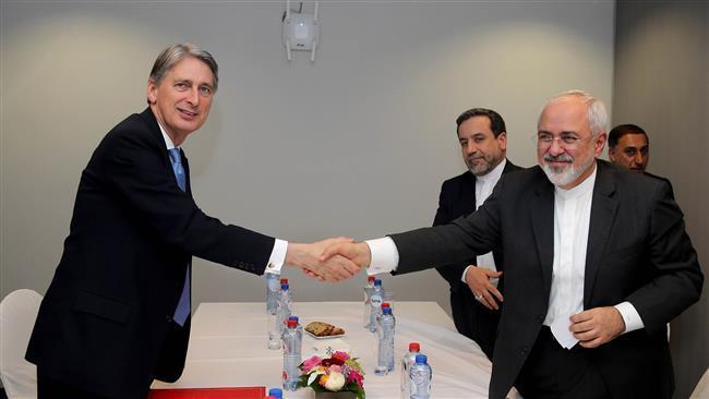 Do Irã Zarif, do Reino Unido Hammond reúnem-se em Bruxelas