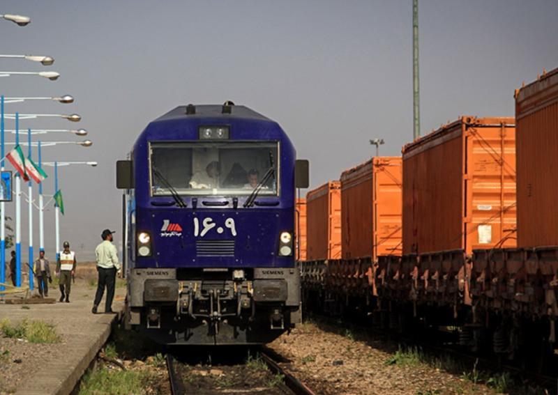 Rendimentos das ferrovias de Khorasan crescem 128%
