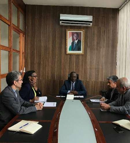 Costa do Marfim pede ajuda do Irã para renovar transporte público