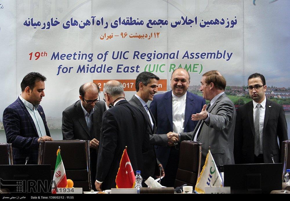 Irã espera integração de ferrovias do Oriente Médio em futuro próximo