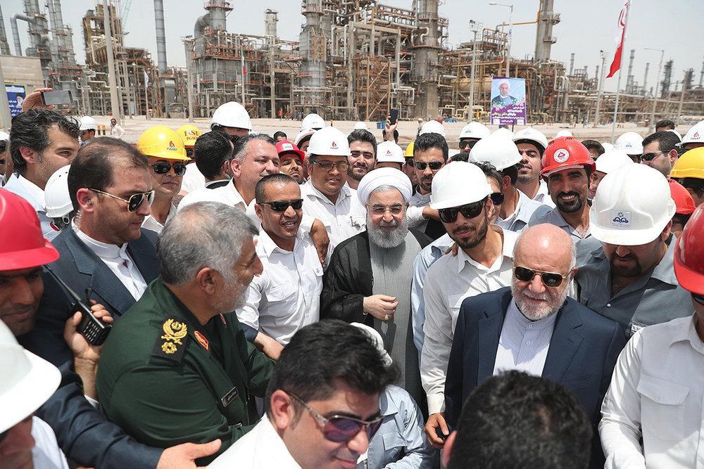 Refinaria Estrela do Golfo Persico está oficialmente em operação