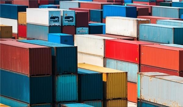 O vice-ministro da Indústria do Irã, elogia crescimento milagroso do pais em exportações de produtos não petrolíferas
