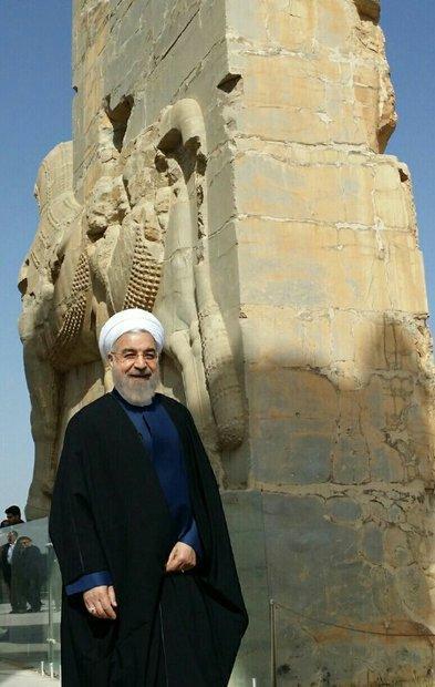 Persepolis envia mensagem de força do Irã: Rouhani