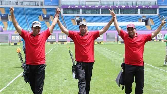 Arqueiros Irã ganhar medalha de prata mundo