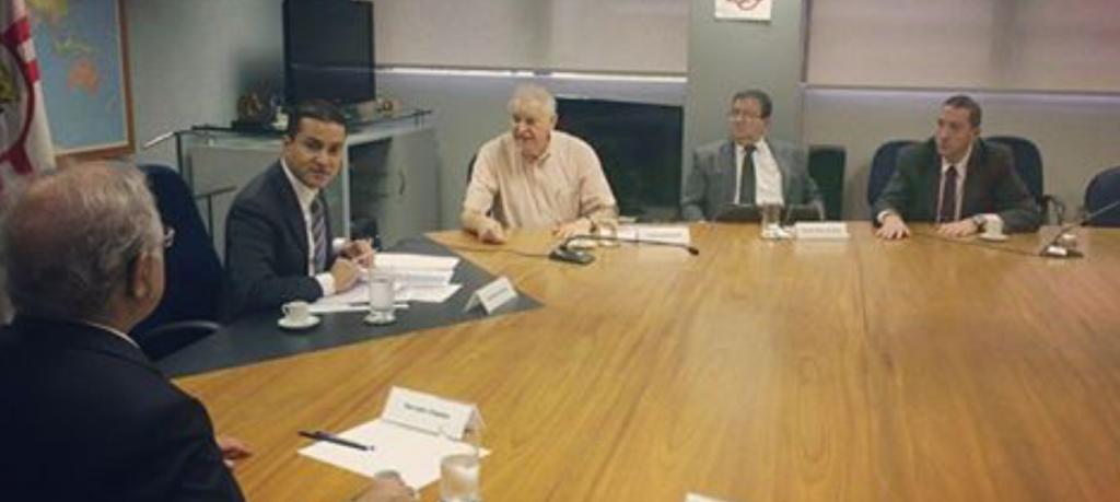 O Sr. Ministro Marcos Pereira, se reúne em São Paulo, com o Sr. Farrokh Chadan Presidente da Braziran