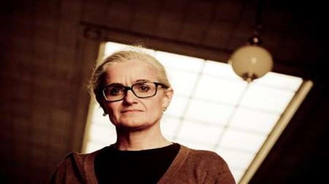 Italiano teatro especialista Claudia Castellucci para realizar oficinas no Irã