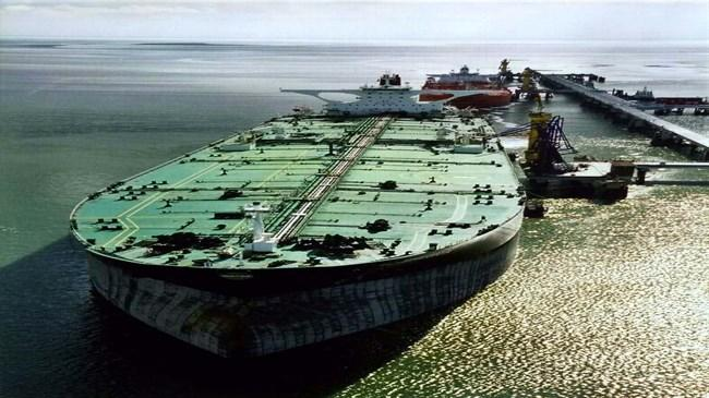 240 superpetroleiros já atracaram na Ilha de Kharg após acordo nuclear