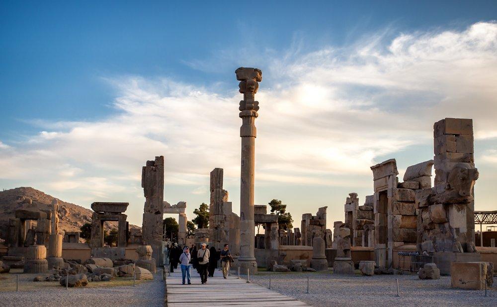 Chegada de turistas estrangeiros atrai ao Irã cerca de $ 24 b em 3,5 anos