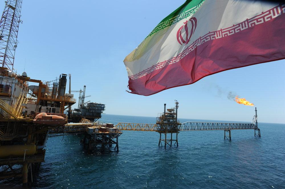 Irã espera $ 25b em contratos de petróleo assinados no prazo de 2 anos