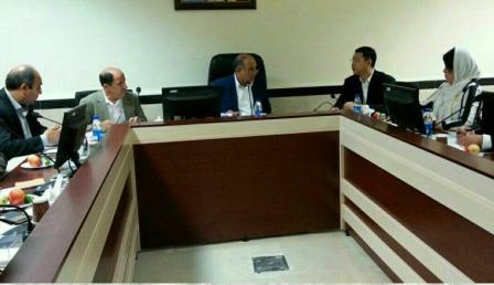 Investidores chineses se reunem com industriais da província de Markazī