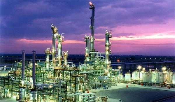 Produção petroquímica do Irã cresce 6% nos últimos 2 meses