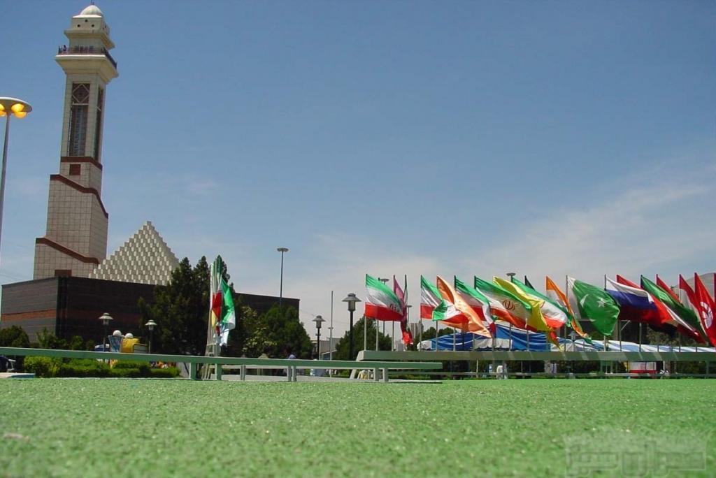 Teerã hospeda 2 exposições internacionais