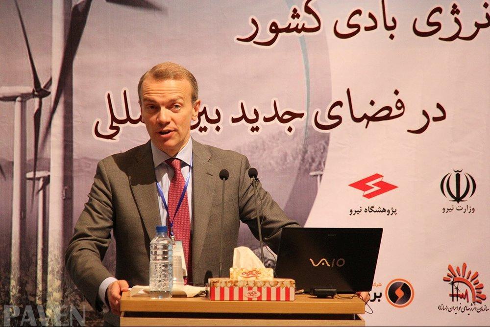 Europeus interessados em investir no setor das energias renováveis do Irã: CEO EWEA