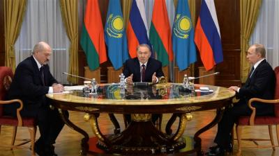 Rússia convida Irã para se juntar a chave bloco comercial Eurasia