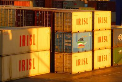 Comércio não-petrolífero atinge US $ 87.6b, mais de 4.3% no ano do calendário iraniano passado em relação ao ano anterior