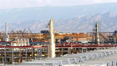 Irã: Construindo 5 plantas de gás natural liquefeito em três anos
