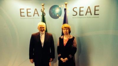 Zarif, Ashton manter conversações nucleares em Bruxelas