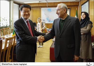 Irã e Coréia do Sul assinaram 3 memorandos de entendimento de cooperação no setor de energia