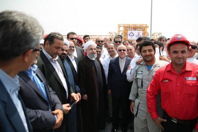 Irã inaugura mega projetos de energia no valor de US $ 20 bilhões