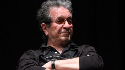 Iran filmmaker receives France high distinction