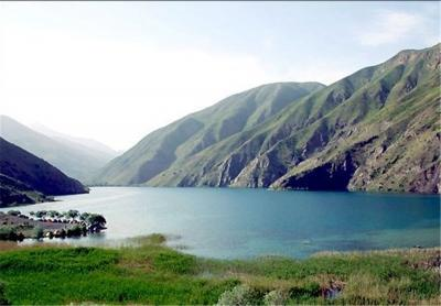 Gahar Lake: A Beautiful Tourist Resort in Iran's Lorestan