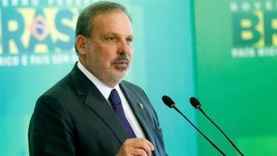 Ministro do desenvolvimento brasileiro chega amanhã em Teerã.