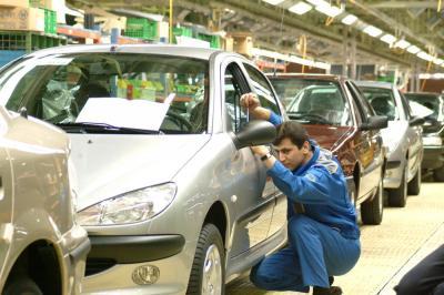 Produção de carros do Irã aumenta 15,2% em 3 meses