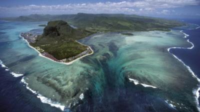 Pesquisadores descobrem novas montanhas fundo do oceano