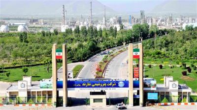 Iran builds world's largest methanol plant
