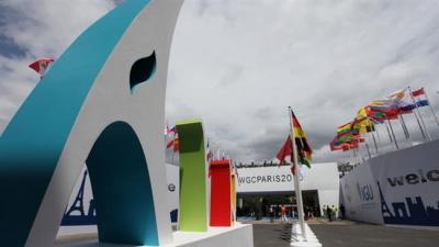 Irã, França discutir laços de gás durante a Conferência Mundial do gás em Paris