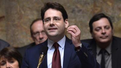 França saúda a adesão do Irã à OMC.