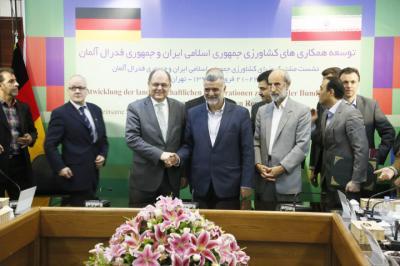 ایران و آلمان تفاهمنامه بهداشت دام امضا کردند