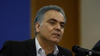 Grécia em negociações com o Irã para comprar GNL e fornecer combustível para a Europa
